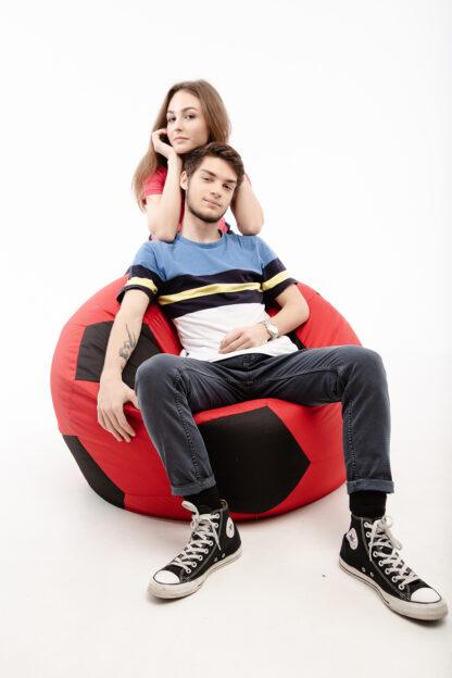 Кресло в виде футбольного мяча: фото 23