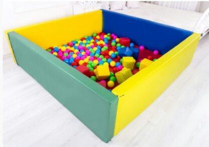 сухой бассейн для дома с шариками